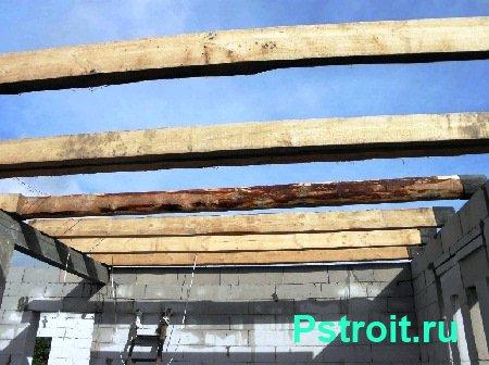 Деревянные балки перекрытия