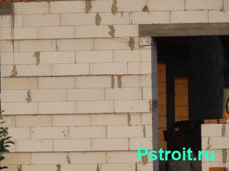 Достоинства и особенности строительства дома из газобетонных блоков